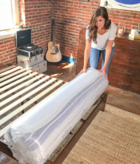 Amazon-410263-Vibe-Mattress-Lifestyle-A+-Needsizing-V2