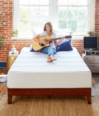 Amazon-410263-Vibe-Mattress-Lifestyle-V3