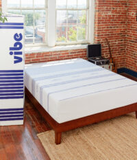 Amazon-410263-Vibe-Mattress-Lifestyle-V4