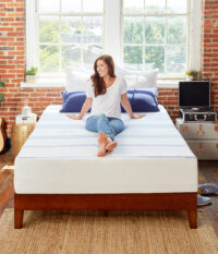 Amazon-410263-Vibe-Mattress-Lifestyle-V5