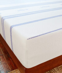 Amazon-410263-Vibe-Mattress-Lifestyle-V6